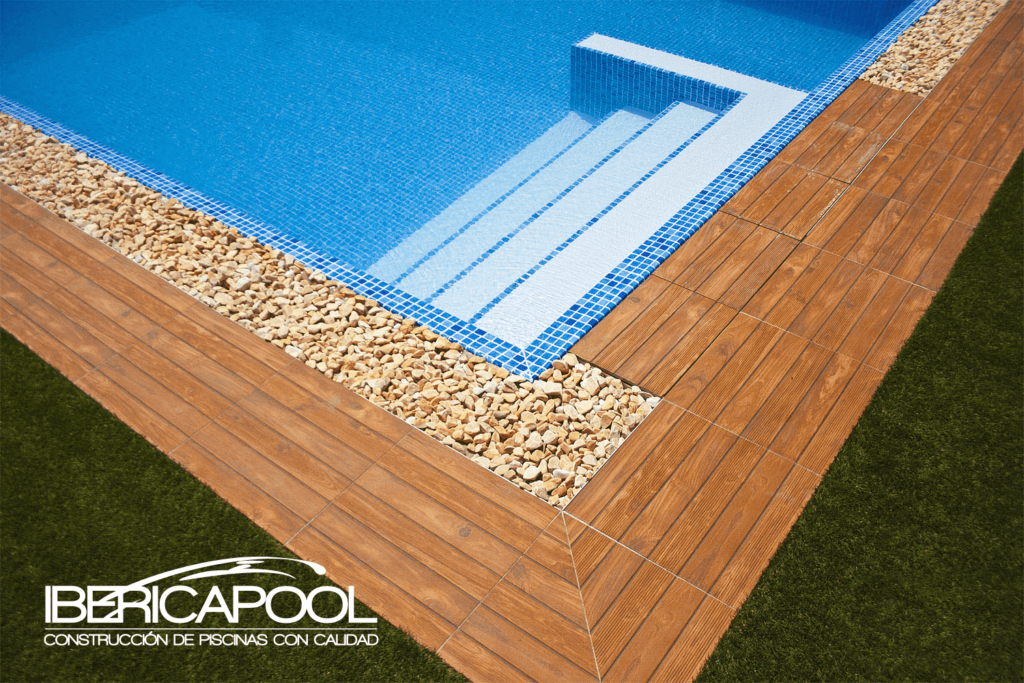 Ibericapool piscina rectangular desbordante for Piscina rectangular