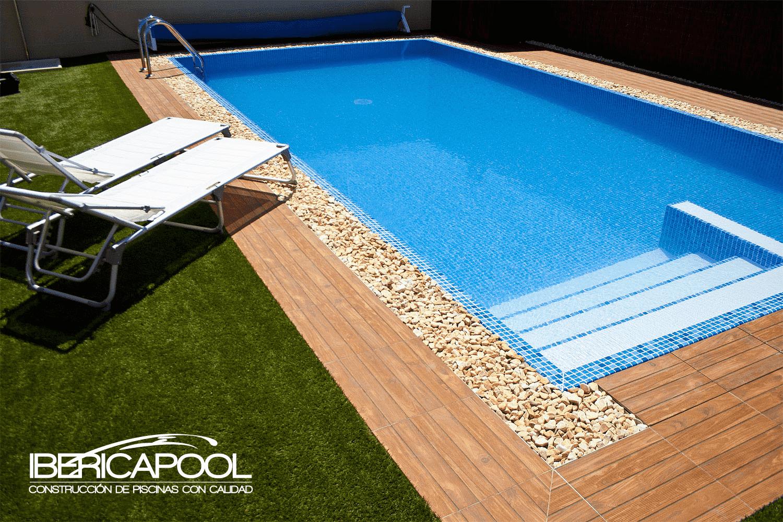 Piscinas de material piscinas hormigon proyectado malaga for Material para piscina