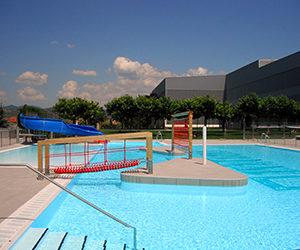 Piscinas ibericapool piscinas grandes proyectos for Piscinas publicas valencia