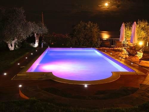 Ibericapool iluminaci n for Iluminacion led piscinas