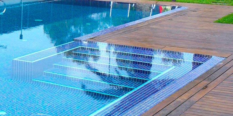 Ibericapool tarima madera piscinas - Tarima para piscinas ...