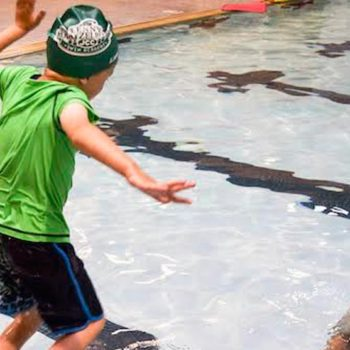 piscina-terapia-para-niños
