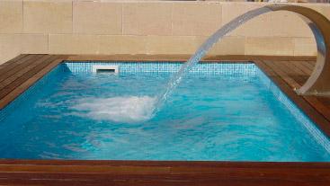 Piscinas ibericapool construccion de piscinas en jerez - Fabricacion de piscinas ...